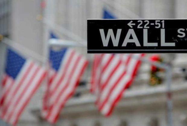 Wall Street Higher After Surprising Fall in U.S. Unemployment