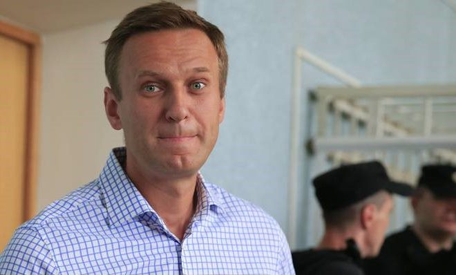 Doctors in Omsk Say They Saved Navalny's Life